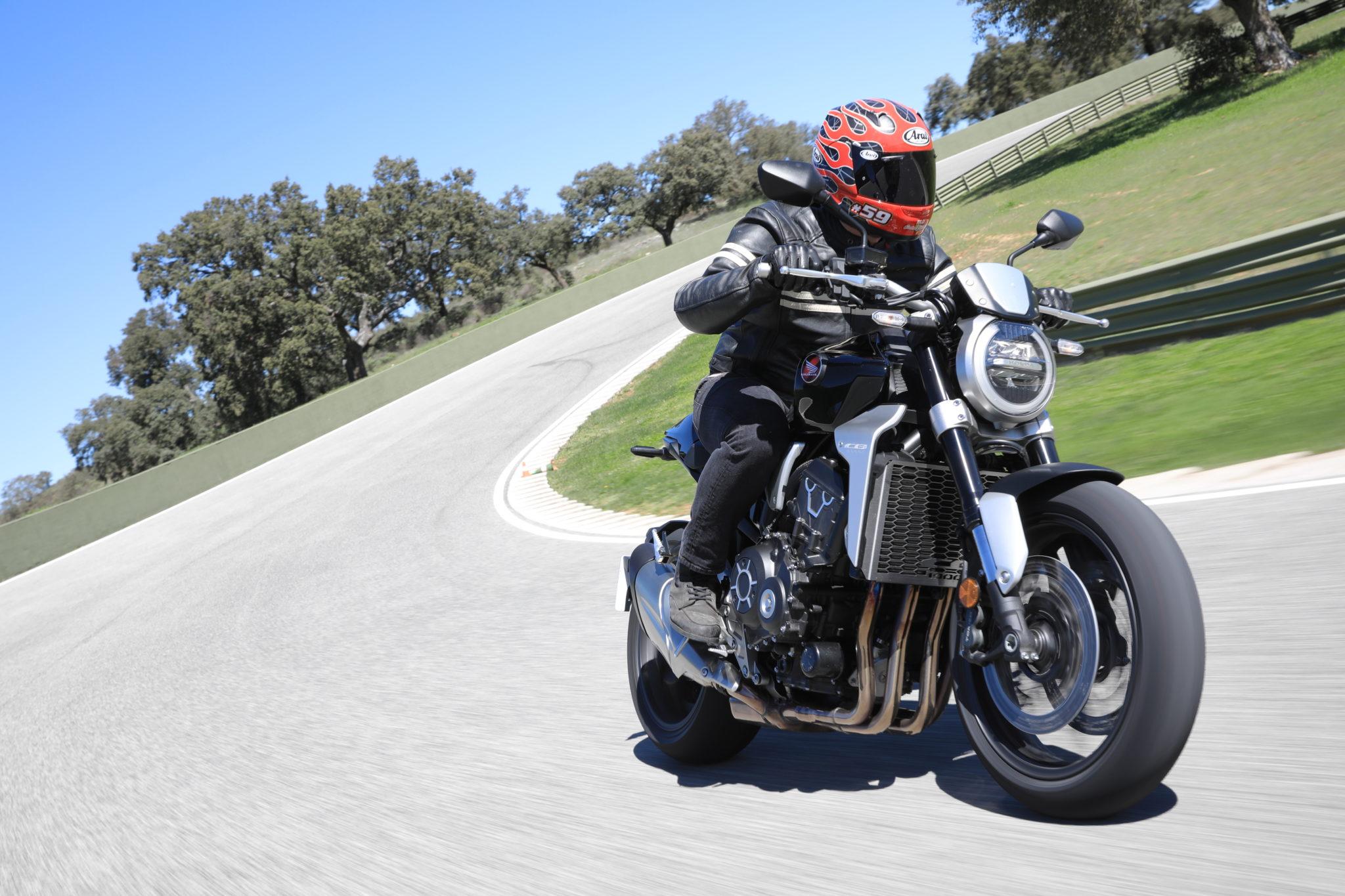 55859_Honda CB1000R YM18 5570