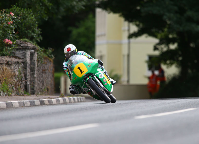 McGuinness riding at the Classic TT credit iomtt.com