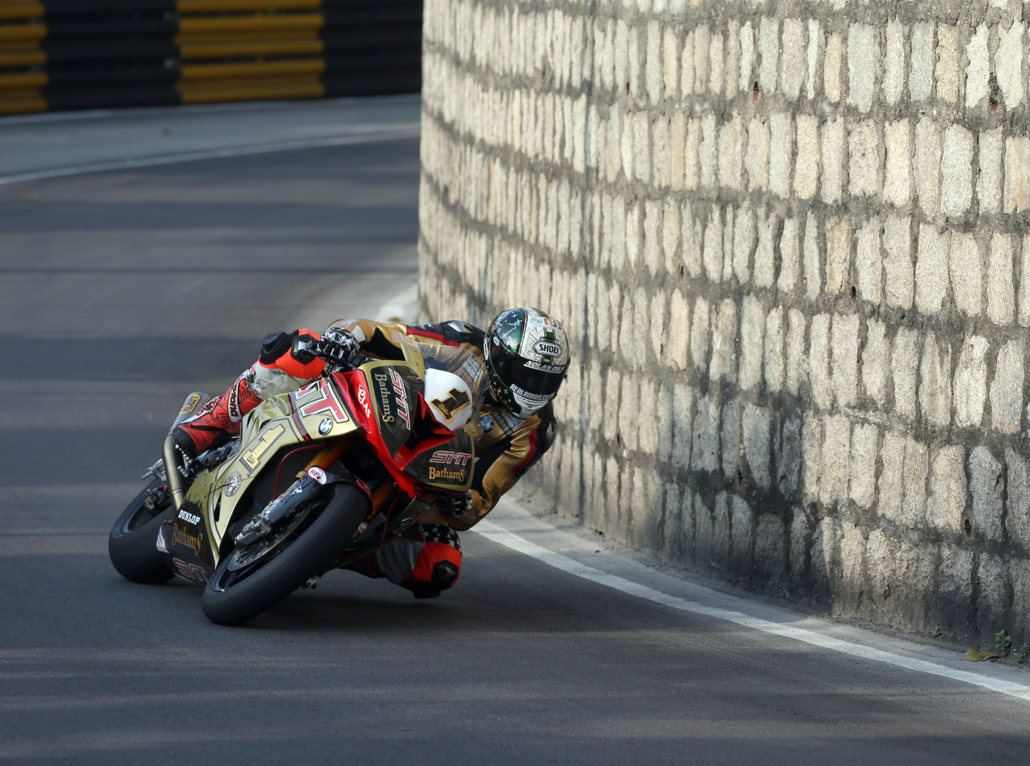 Peter Hickman racing in Macau credit Pacemaker Press International