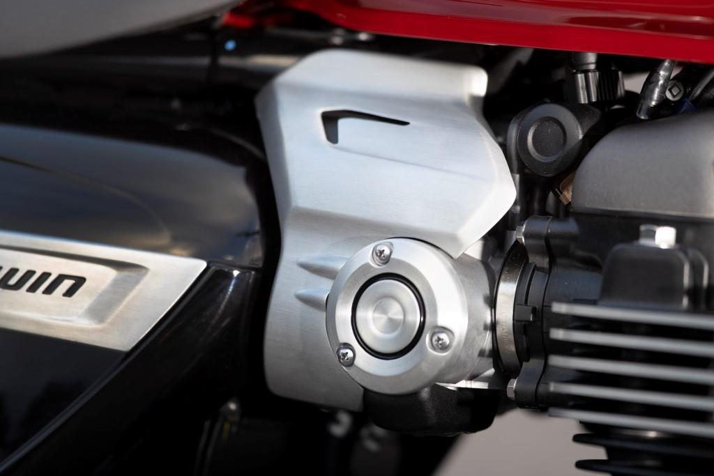 Speed Twin Throttle Bodies_001