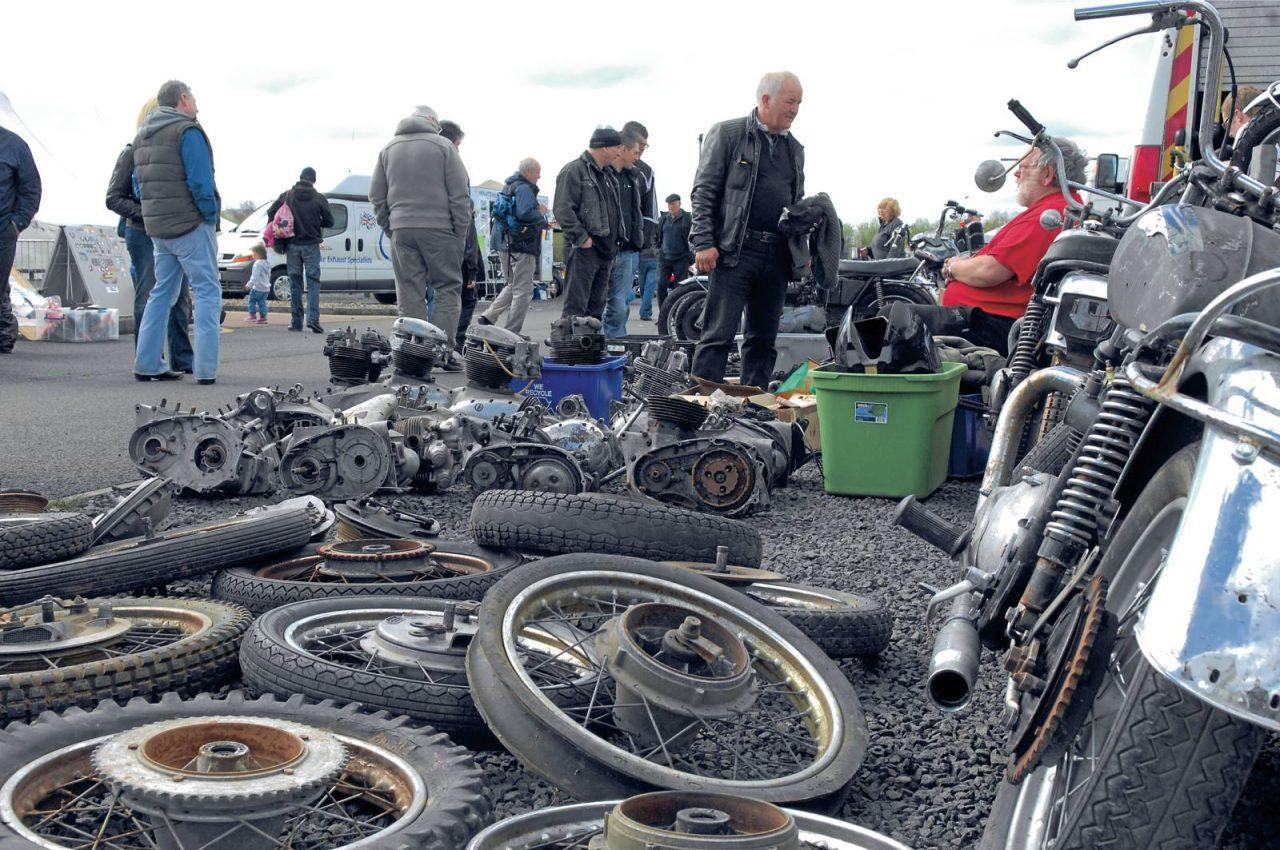 kempton-park-autojumble-bike-parts