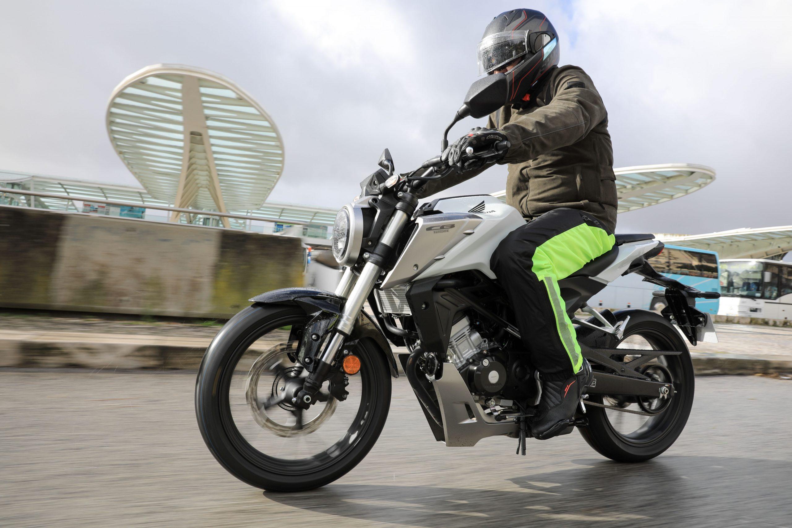 51200_Honda CB125R YM18 5000