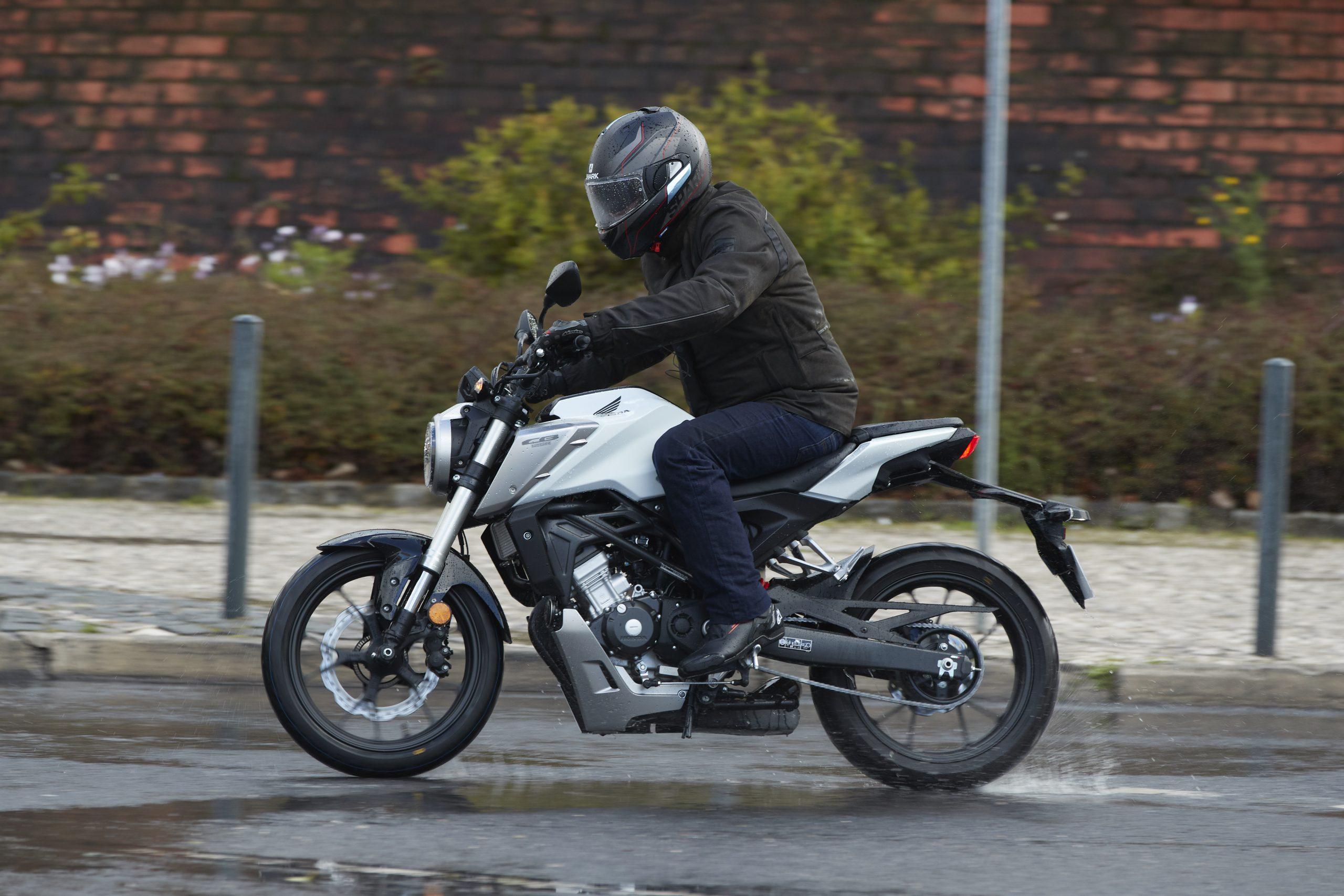 51245_Honda_CB125R_YM18_3000