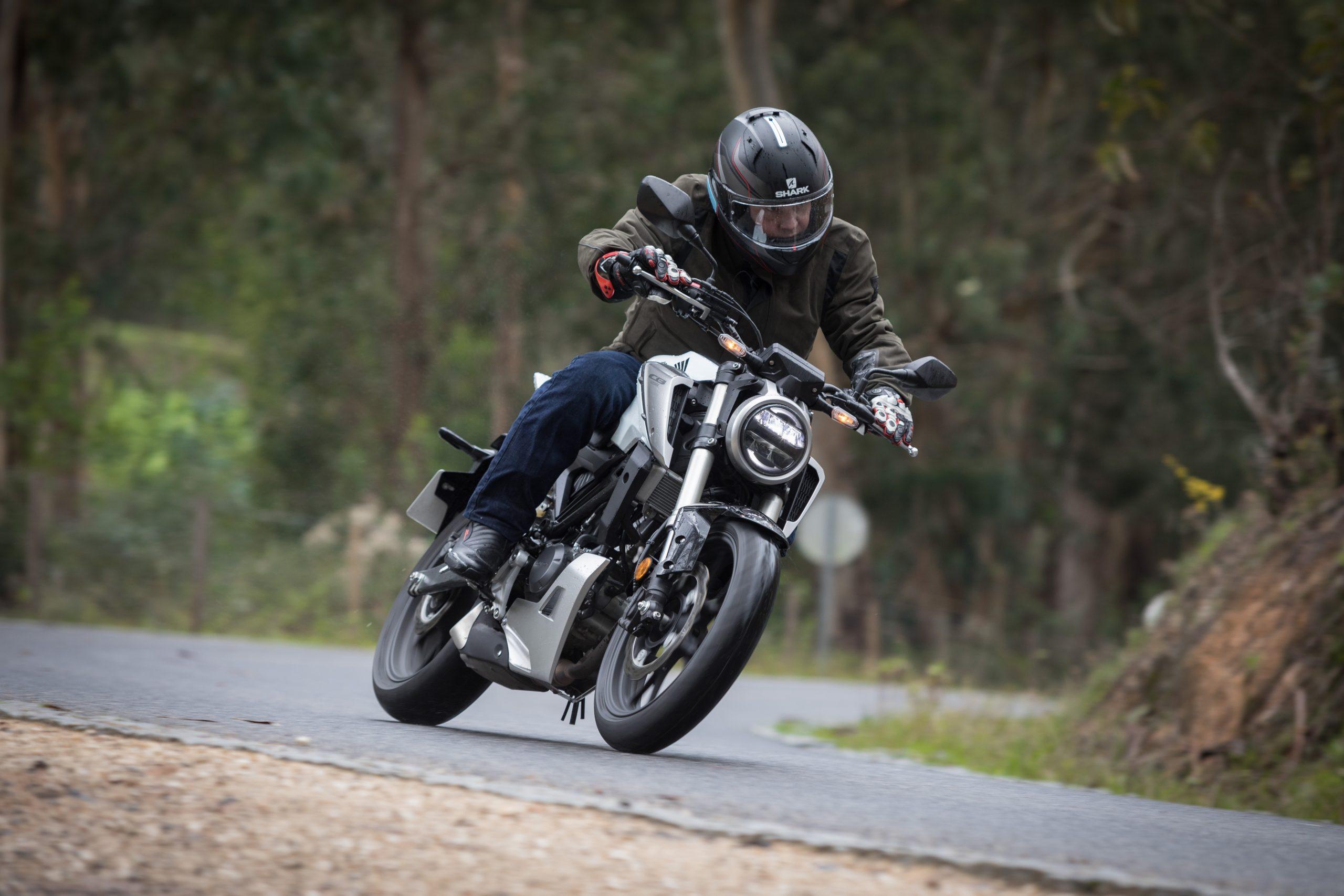 51516_Honda CB125R YM18_1082