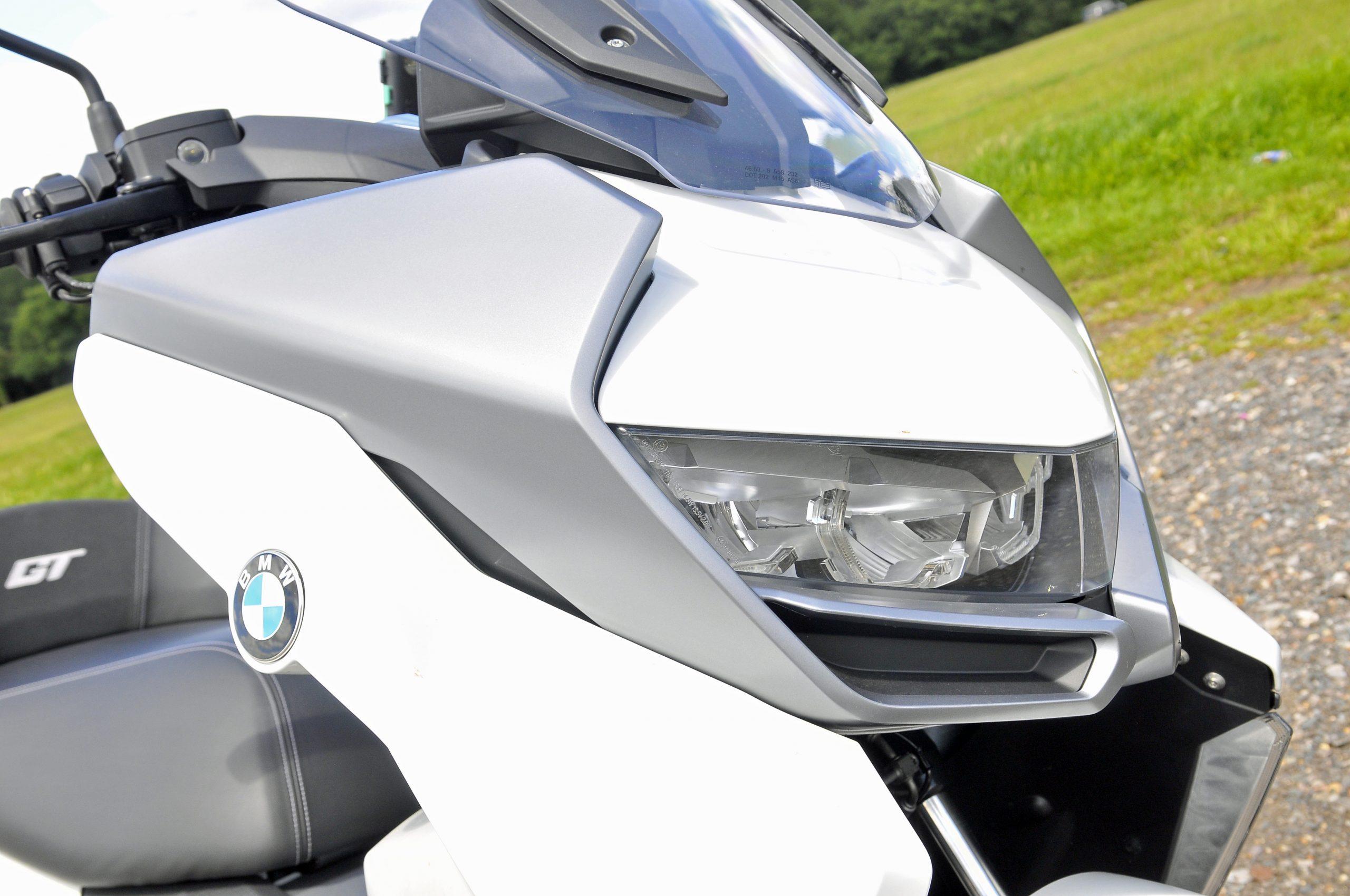 Headlights on BMW C400 GT