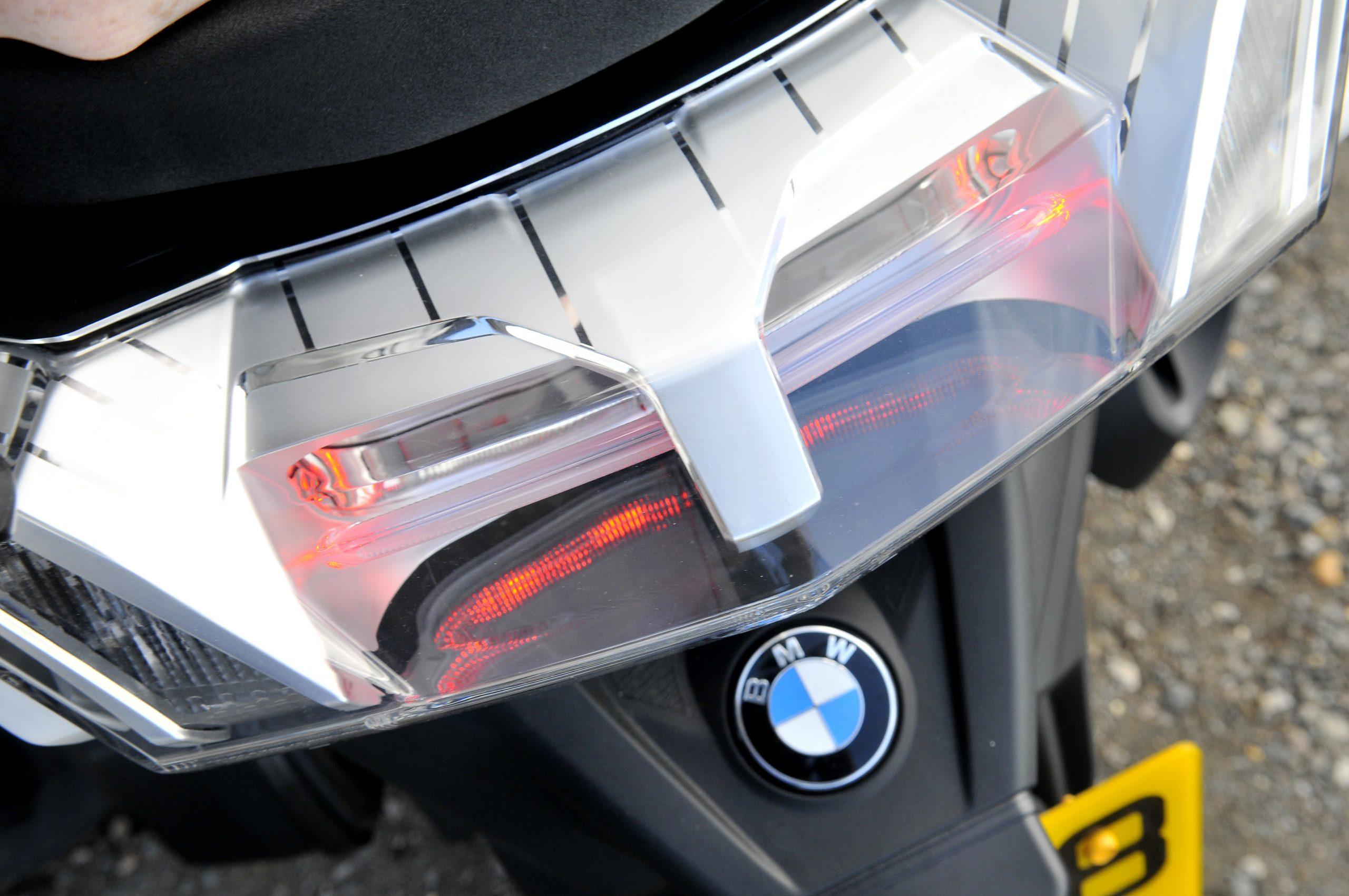 BMW C400 GT light