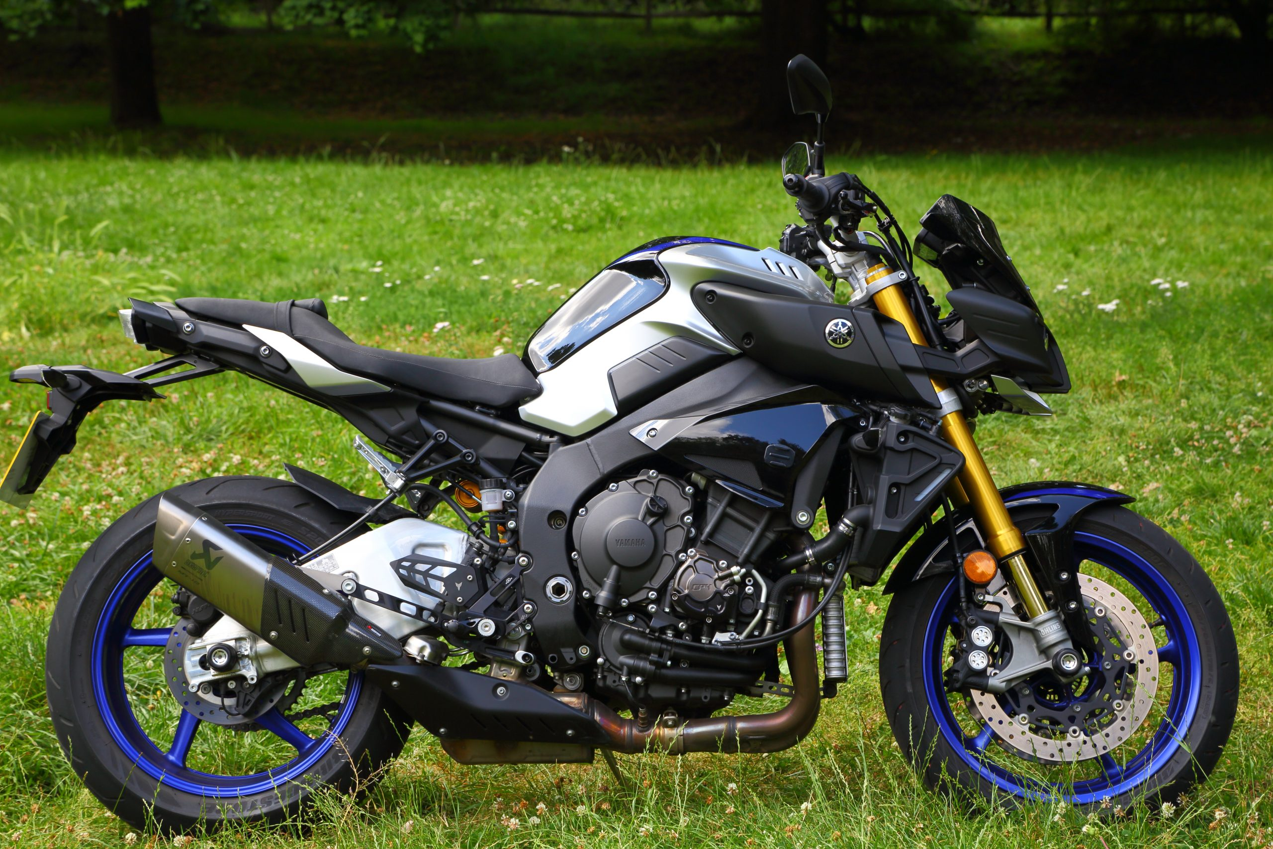 Motorbike types, streetfighter, Yamaha MT-10 SP