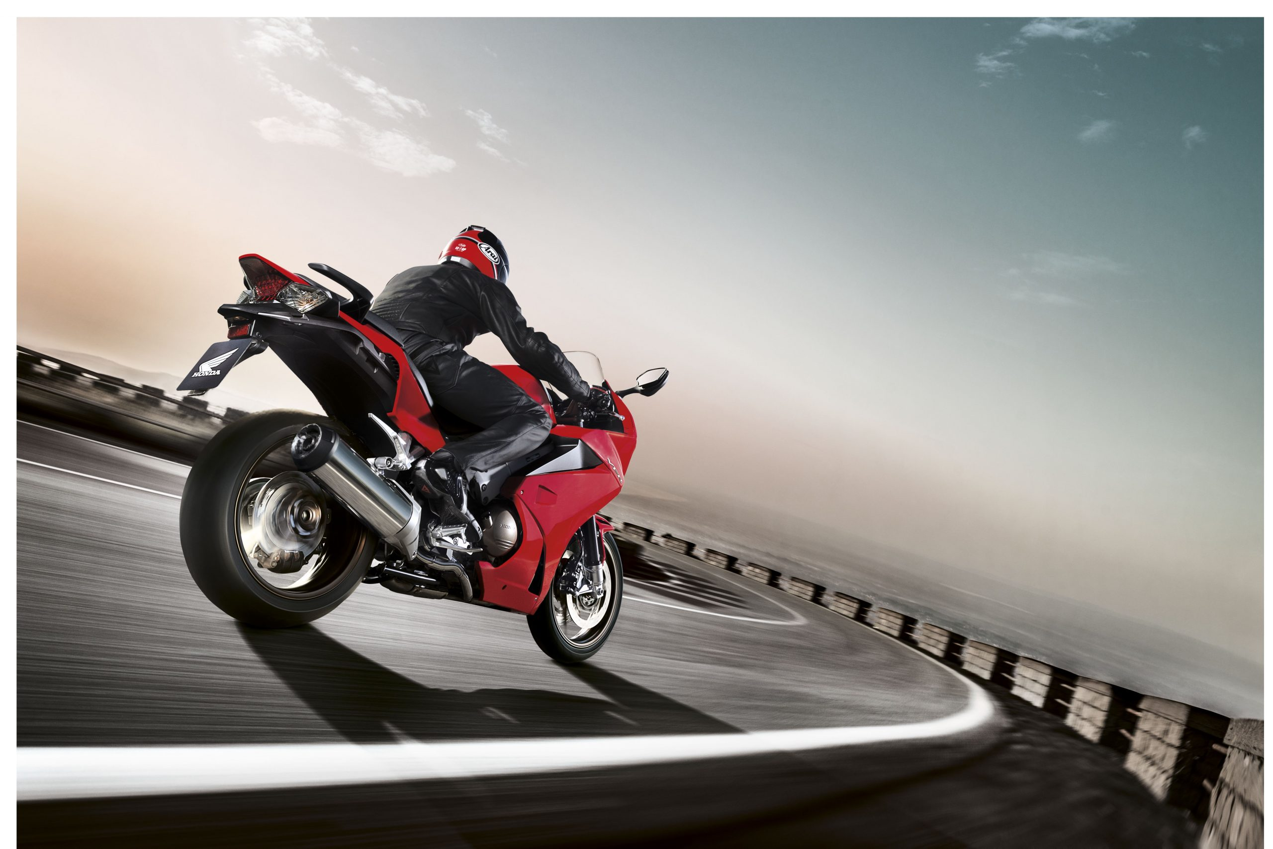 Motorbike types, sports tourer Honda VFR800F