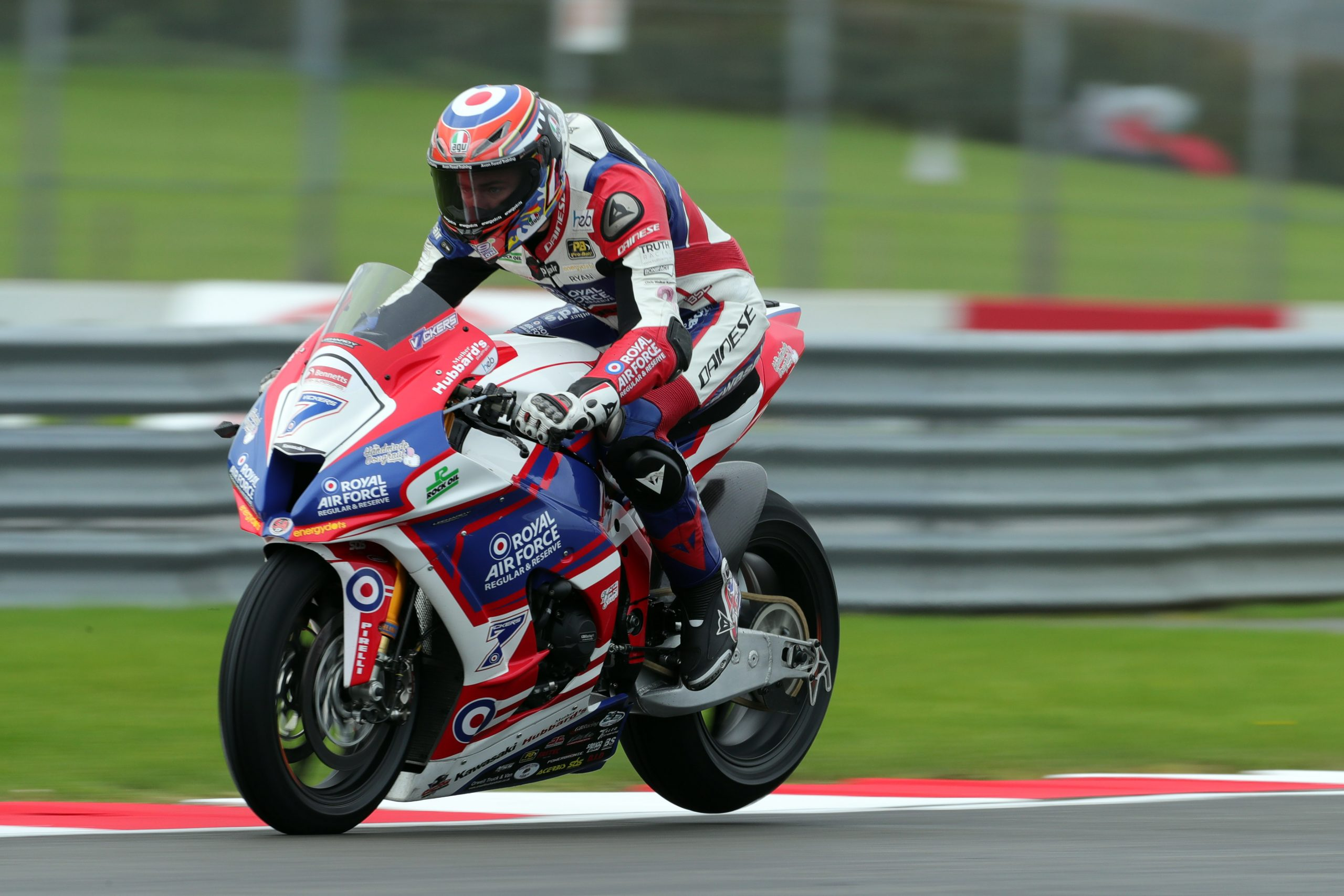 Vickers racing at BSB