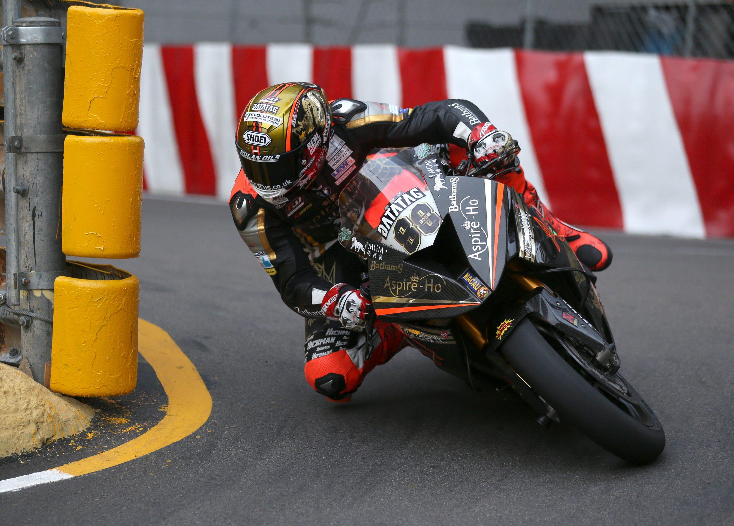 Peter Hickman in action at 2018 Macau GP