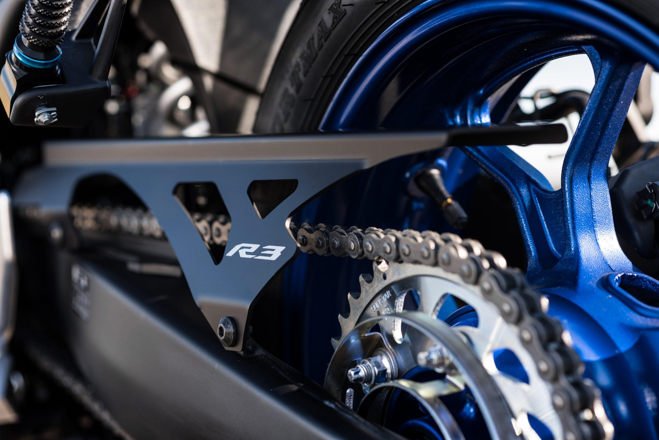 Yamaha R3 – 13