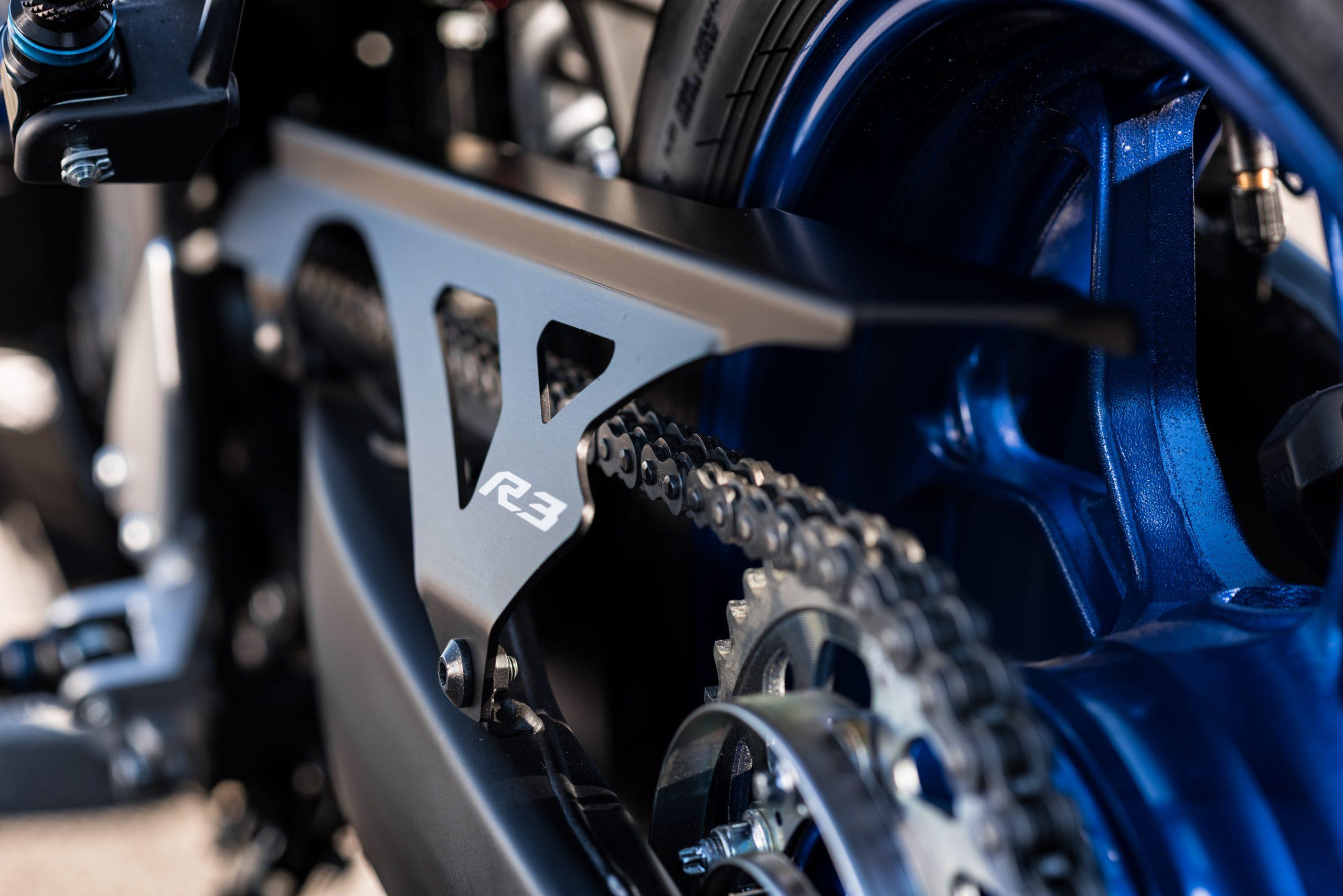 Yamaha R3 – 14