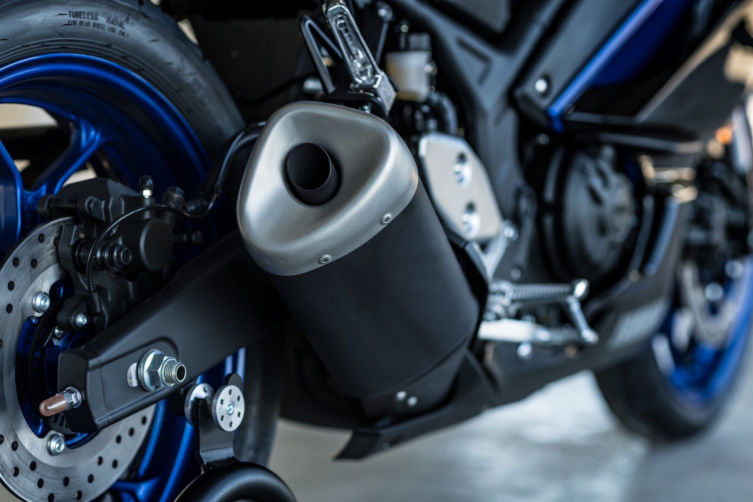 Yamaha R3 – 4
