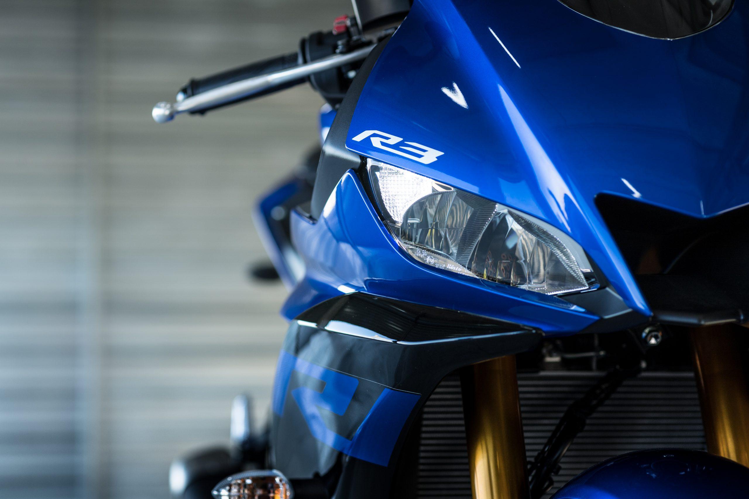 Yamaha R3 – 8