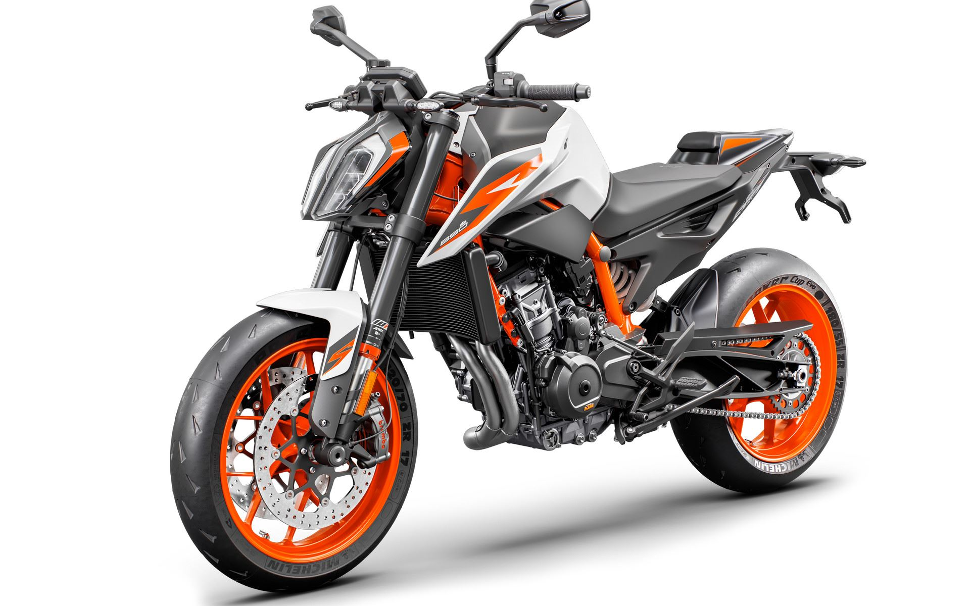06 KTM 890 DUKE R MY20 – front-left