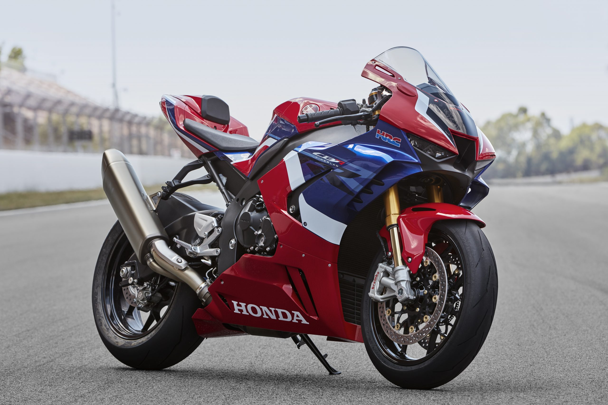 20YM_CBR1000RR-R_SP_Location_01_0037