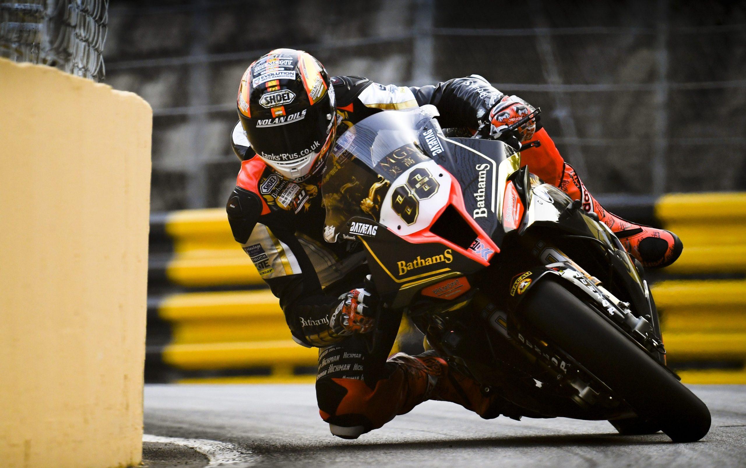 Peter Hickman dominates yet again at Macau GP