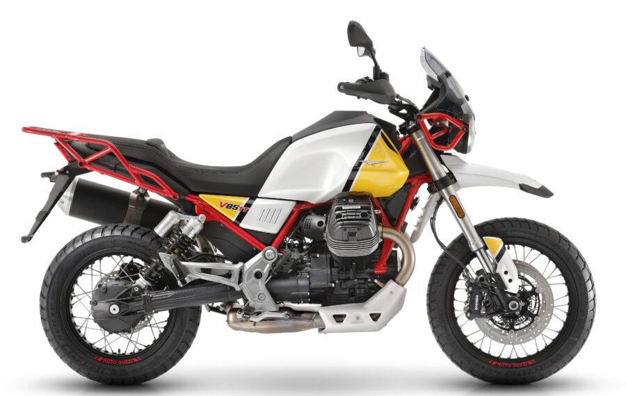 17-moto-guzzi-v85-tt-still-life