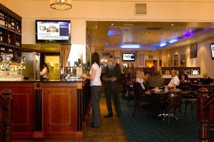 Sir Norman's Bar & Restaurant FB