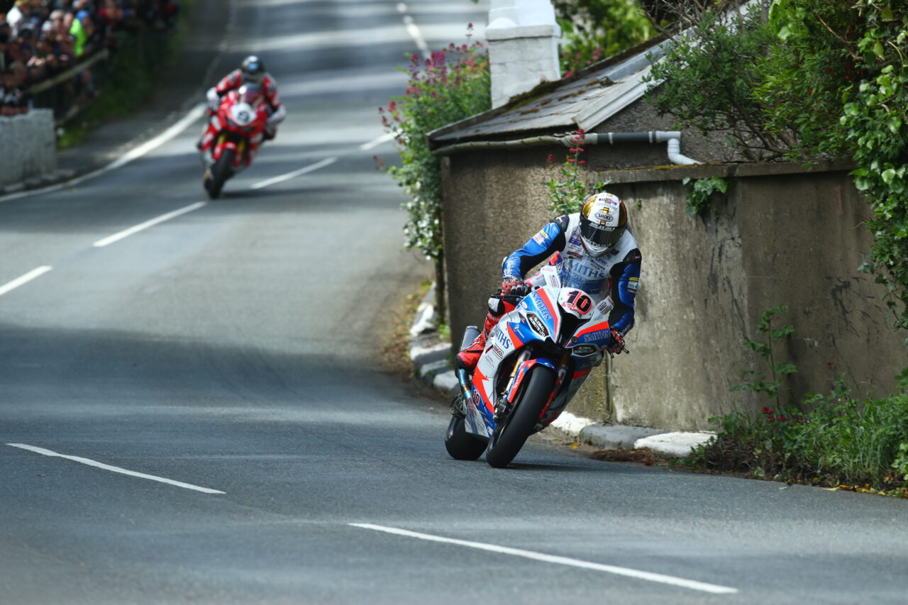 Road racer Hicky at Isle of Man TT