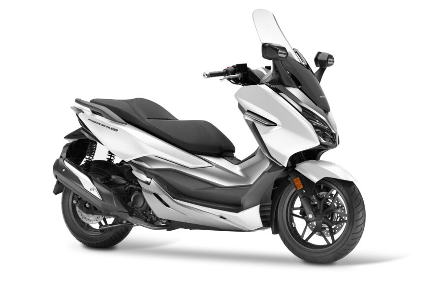 Honda-Forza-300