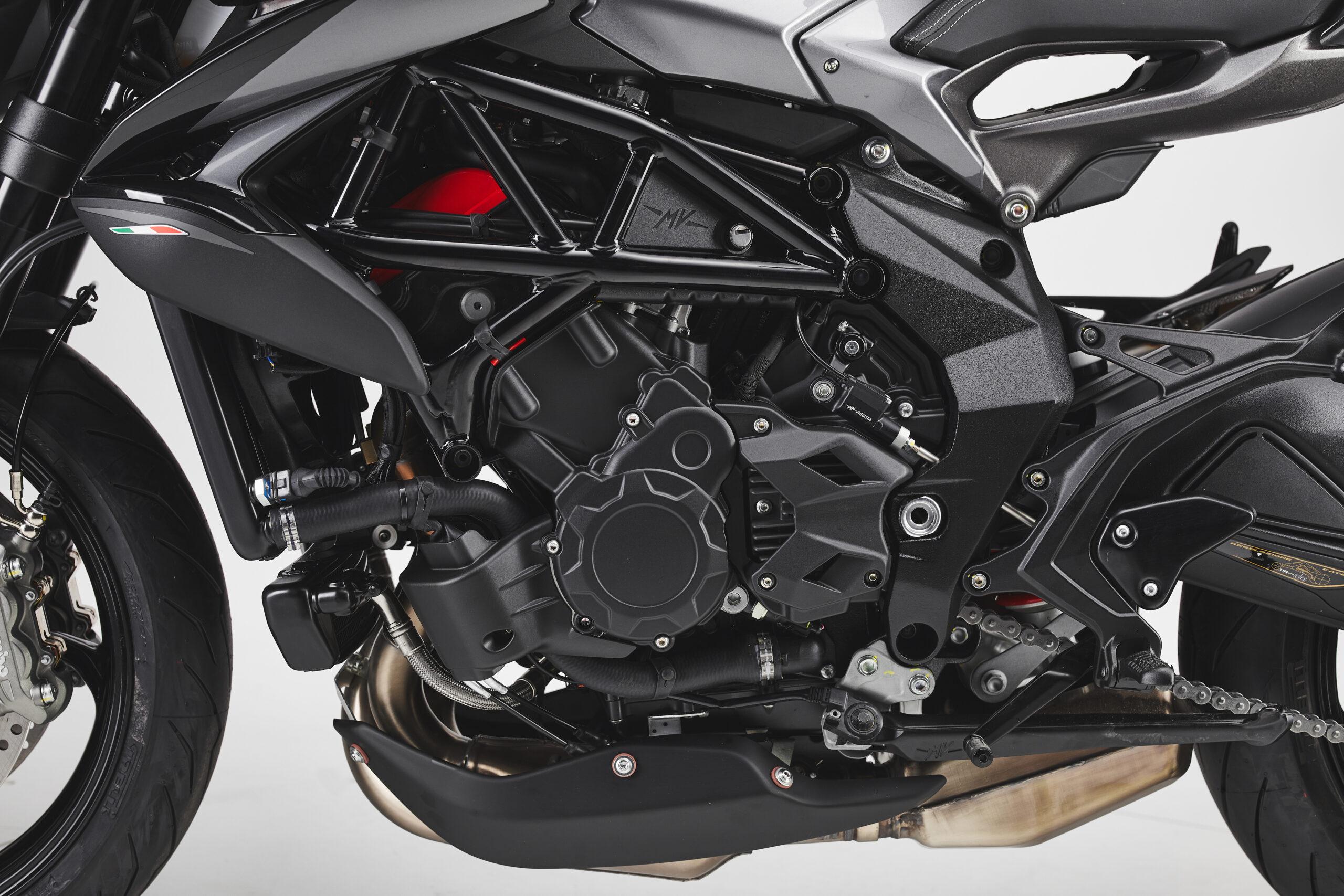 MV Agusta Brutale RR engine