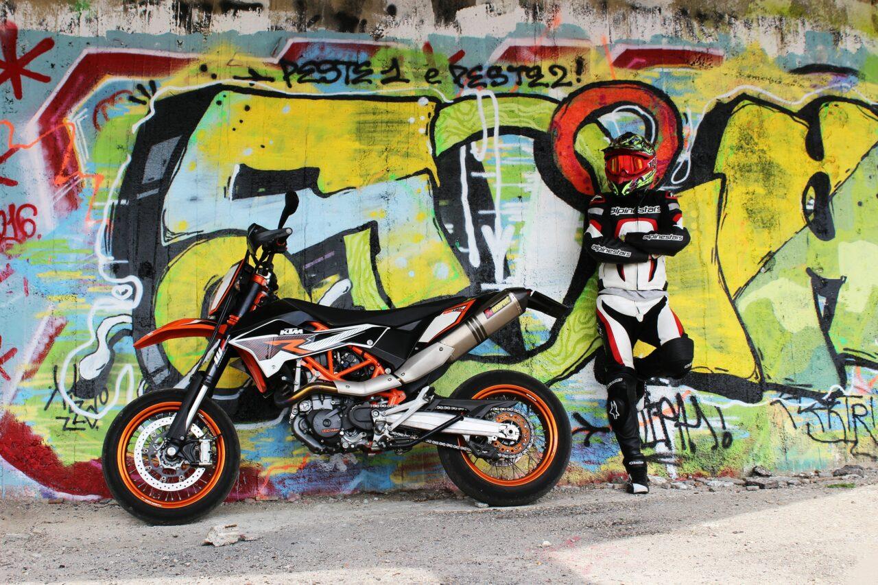 KTM bike review banner