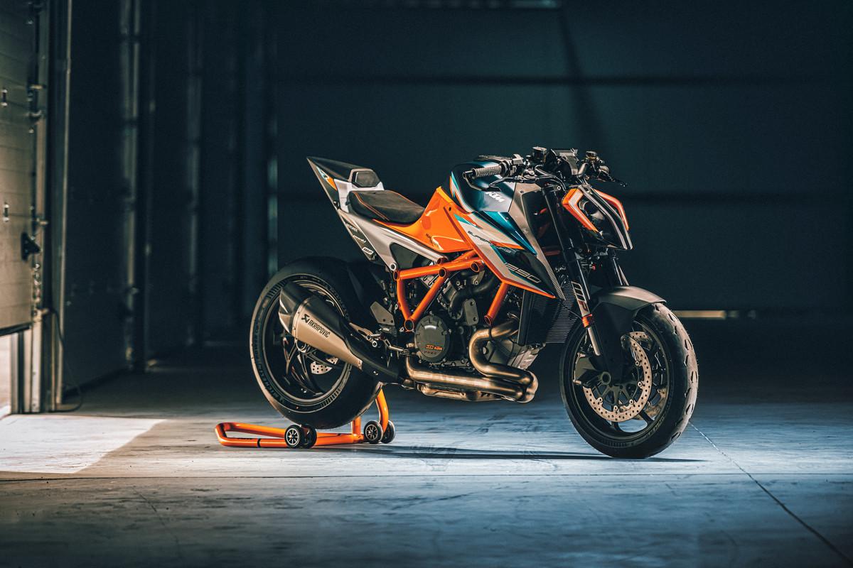 2021 KTM 1290 SUPER DUKE RR