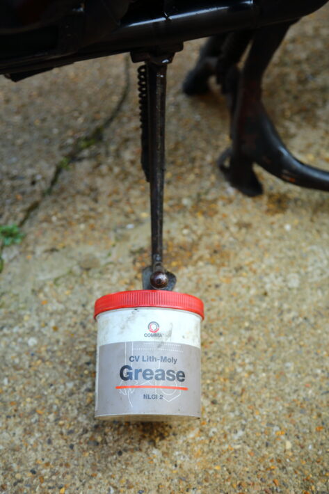 Sidestand Grease